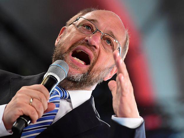 Zmiana szefa PE? Uderzenie w Schulza i Junckera