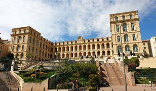 Zabytki Marsylii to wiele wieków wspaniałej historii. Ponadto miasto, z uwagi na doskonałe położenie geograficzne, zasługuje na uwagę turystów przez cały rok