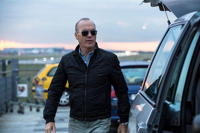 """Michael Keaton trenuje młodego agenta do walki z terrorystami. Zobacz polski zwiastun """"American Assassin"""" [WIDEO]"""
