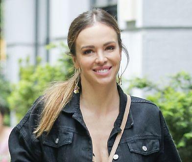 Ania Wendzikowska pozuje nago w basenie. Internauci zachwyceni