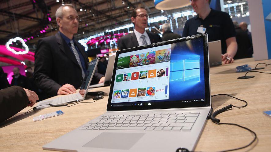 Microsoft wstrzymuje aktualizację Windows 10 na niektórych Surface Bookach (Getty Images)