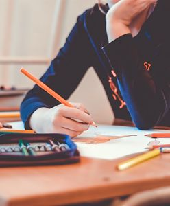 Zdalne nauczanie. Dwie szkoły w trybie zdalnym, 156 w mieszanym