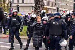 Warszawa. Tysiące osób na Marszu Niepodległości 2019. Policja wynosi Obywateli RP