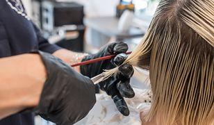 Koronawirus w Polsce. Zakażona fryzjerka w Wieluniu. Miała kontakt z 60 klientami