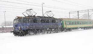"""Śnieg zalegał w 2 wagonach PKP. """"U was tam chyba są wkopywacze"""""""