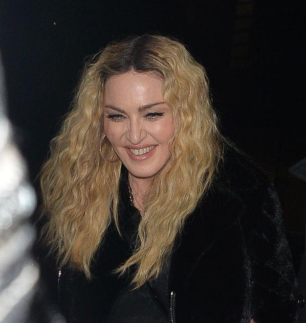 """Nagie zdjęcie 19-letniej Madonny. """"Pozowałam, żeby opłacić czynsz"""""""