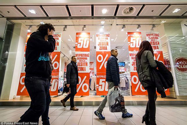 """Koniec roku to """"żniwa"""" dla handlu. Dzień Bez Kupowania zmieni tę """"tradycję"""""""