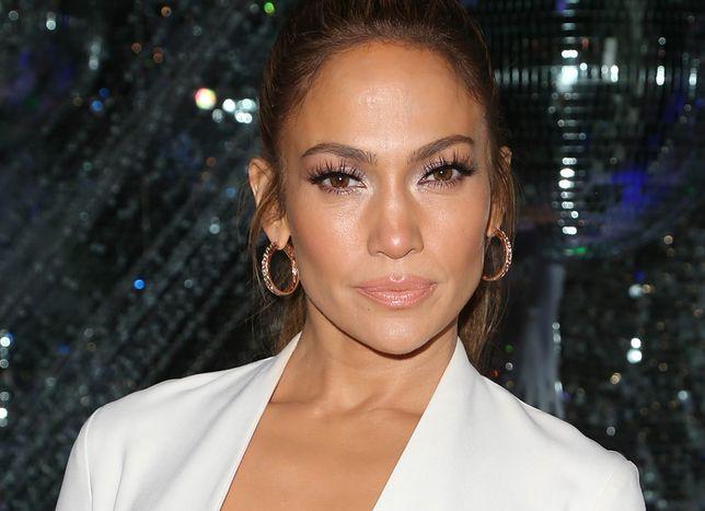 Jennifer Lopez w świątecznym nastroju. Pokazała piękną choinkę