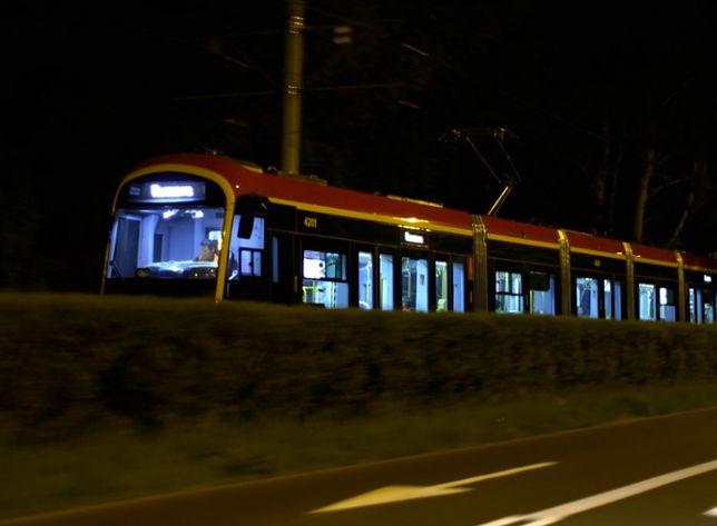 Warszawa. Nocne testy przebiegły z powodzeniem. Pierwsze koreańskie tramwaje wyruszą na stołeczne linie jesienią