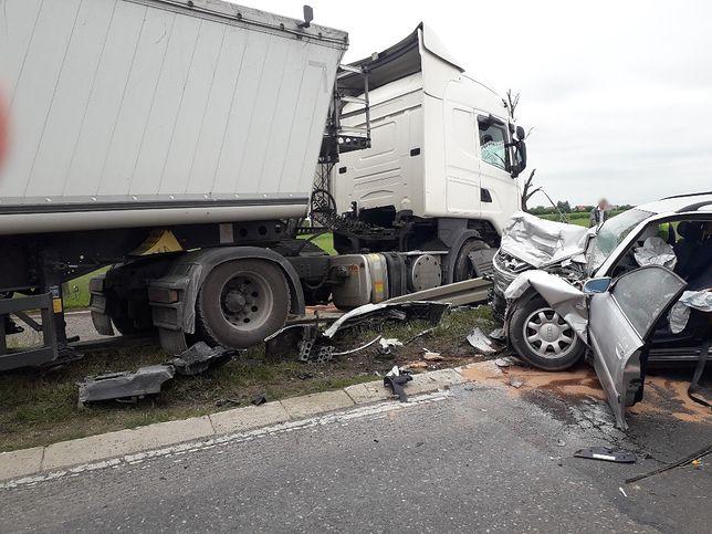 Mazowsze. Kierowca ciężarówki z zarzutami po wypadku pod Płońskiem