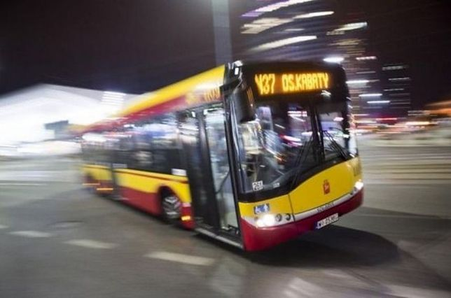 """Dyskoteka w warszawskim autobusie. Wielki powrót """"Wesołego Kierowcy""""? [WIDEO]"""