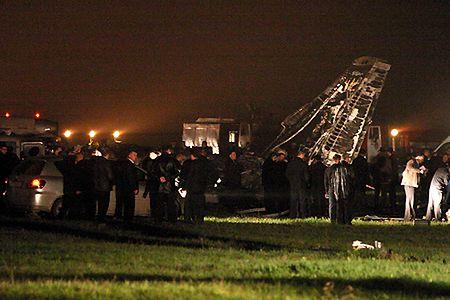 8 osób zginęło w katastrofie samolotu transportowego