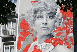 Warszawa. Odsłonięto mural Krystyny Sienkiewicz na Bielanach