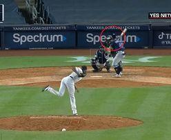 Baseballista trafił rywala w głowę. Piłka leciała z prędkością 160 km/h (wideo)