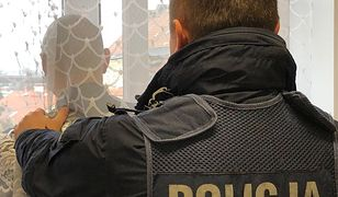 Lidzbark Warmiński: poszukiwany listem gończym schował się przed policjantami... za firanką