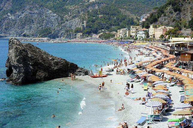 Plaża w Monterosso al Mare w regionie Liguria