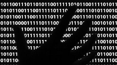 Robak z koparką kryptowaluty zaatakował dyski sieciowe Seagate. Zyski idą w miliony