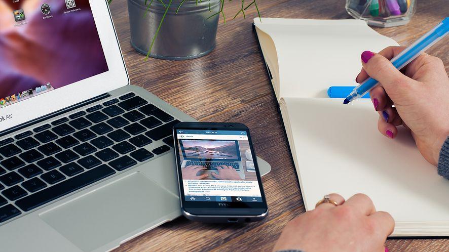 Google Allo już w naszej bazie. Czy ten inteligentny komunikator zastąpi nam w końcu SMS-y?