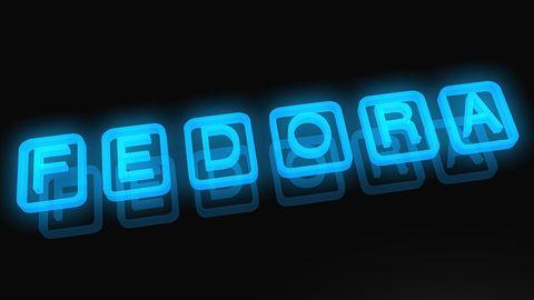 Spóźniona Fedora 26 wchodzi do gry z GNOME 3.24 i nowym spinem LXQt