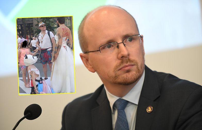 """Zdjęcie z Parady Równości. Szef Ordo Iuris oburzony. """"Patologia"""""""