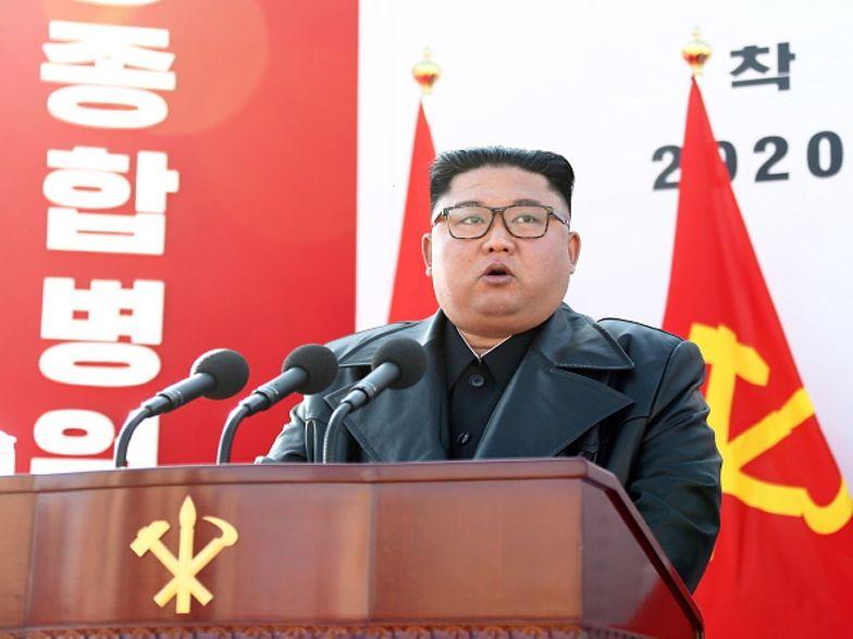 Kim Dzong Una nie stać na szczepionkę? Zwrócił się do Europejczyków