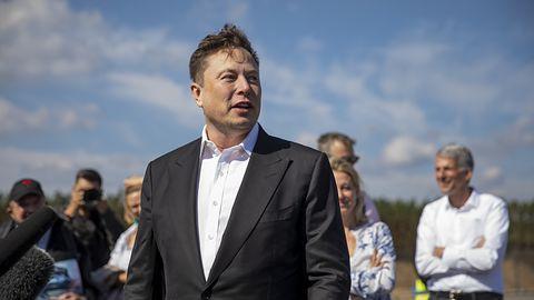 Elon Musk rozdaje kryptowaluty? Eksperci ostrzegają przed oszustwem