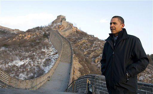 Obama zwiedzał Wielki Mur, a służby nękały aktywistów