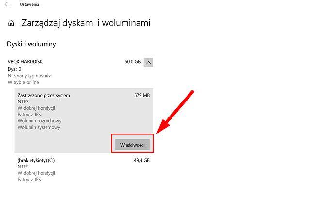 Nowe Zarządzanie dyskami w ustawieniach Windows 10, widok uproszczony, fot. Oskar Ziomek.