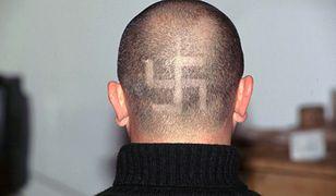 Dziennikarze zostali zaproszeni na kilka neonazistowskich imprez, m.in. 128. rocznicę urodzin Adolfa Hitlera