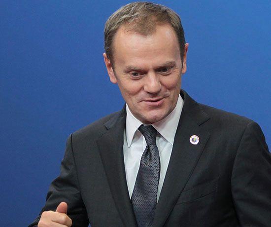 Tusk dał za to samo 300 tys. mniej niż L.Kaczyński