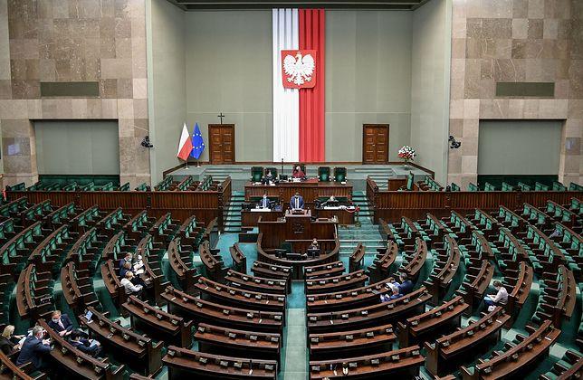 Sejm. Opublikowano statystyki dotyczące aktywności posłów