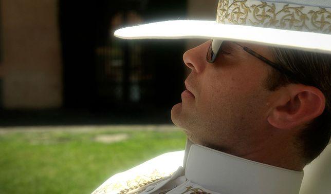 """""""The Young Pope"""": są pierwsze recenzje serialu o papieżu"""
