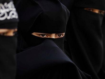 We Francji już karzą kobiety za noszenie burek