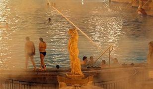 Nocne pływanie w Budapeszcie