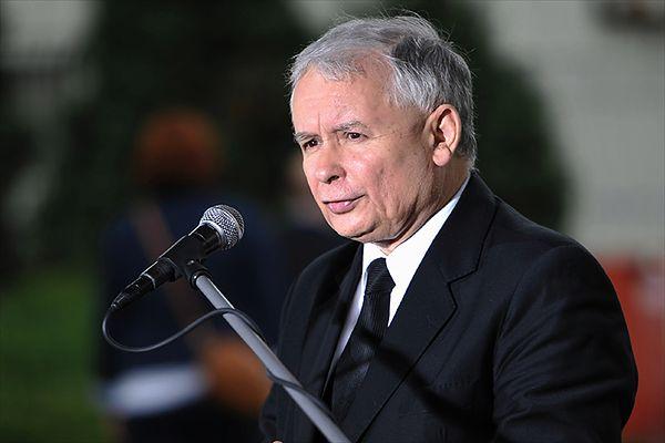 Jarosław Kaczyński o rządzie Ewy Kopacz: kpina ze społeczeństwa. Chodzi o wywołanie awantury