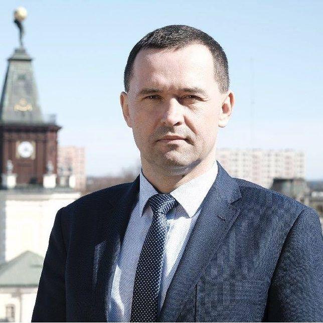 Karol Tchórzewski to syn ministra energii Krzysztofa Tchórzewskiego