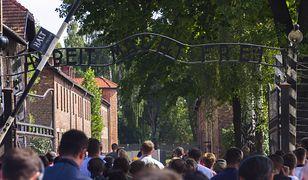 Auschwitz odwiedza coraz więcej obcokrajowców