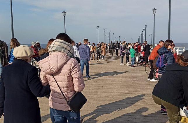 Niedzielne popołudnie nad morzem w Gdańsku