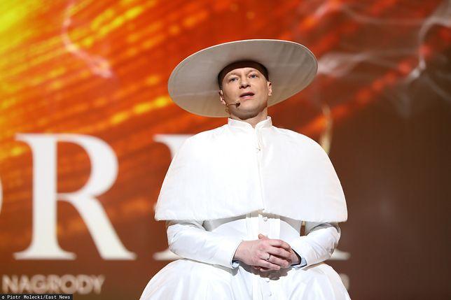 Maciej Stuhr przebrany za papieża na gali Orły 2020