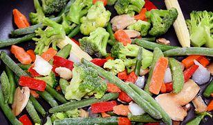 Warzywa na patelnię - mrożone czy domowej roboty?