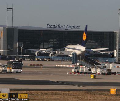 Kłopoty Boeinga lecącego do Warszawy. Awaryjne lądowanie