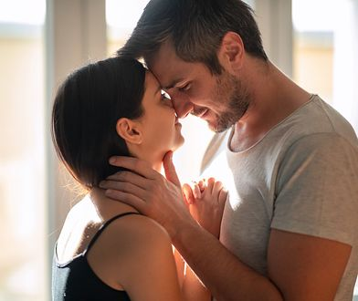Trudne zabawy we troje. Seks w trójkącie może dobrze wpłynąć na relacje?