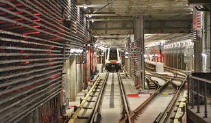 """Radny pyta o budowę hali dla wagonów metra: """"Czy coś grozi okolicznym mieszkańcom?"""""""
