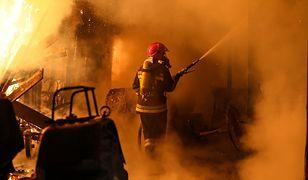 """#11pytań do strażaka cz. 2: """"Wewnątrz płonącego budynku chodzi się po omacku"""""""