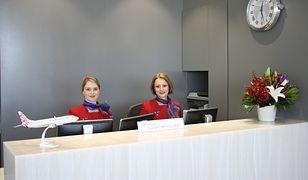 Jedna ze stewardes linii Virgin Australia zaśpiewała na lotnisku w Melbourne kolędę