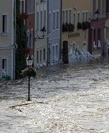 Polacy powoli przekonują się do ubezpieczeń