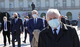 Prezes PiS Jarosław Kaczyński na placu Piłsudskiego w Warszawie, zdjęcie z 10.05.2020.