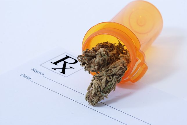 Lekarze często powołują się na brak dowodów o skuteczności medycznej marihuany w leczeniu nowotworów.