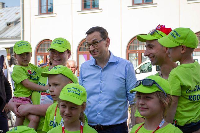 Mateusz Morawiecki podczas Zjazdu Dużych Rodzin.
