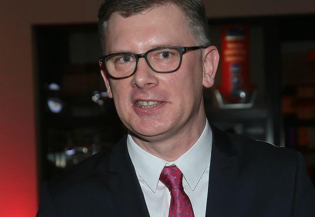 """Sławomir Cenckiewicz mocno skrytykował książkę """"Macierewicz - biografia nieautoryzowana"""""""